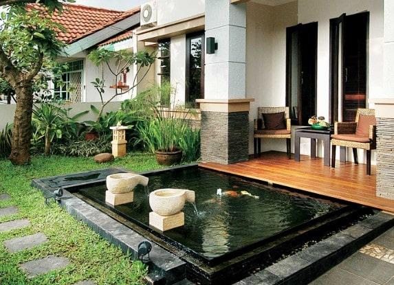 taman rumah minimalis dengan kolam ikan lombok
